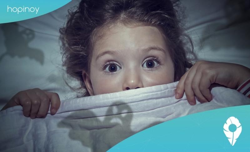 Pourquoi ma fille ne veut pas dormir ?